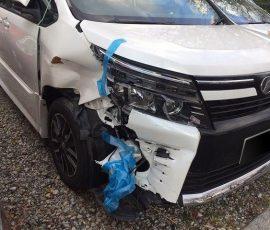 事故車買取VOXY ヴォクシー 横浜市